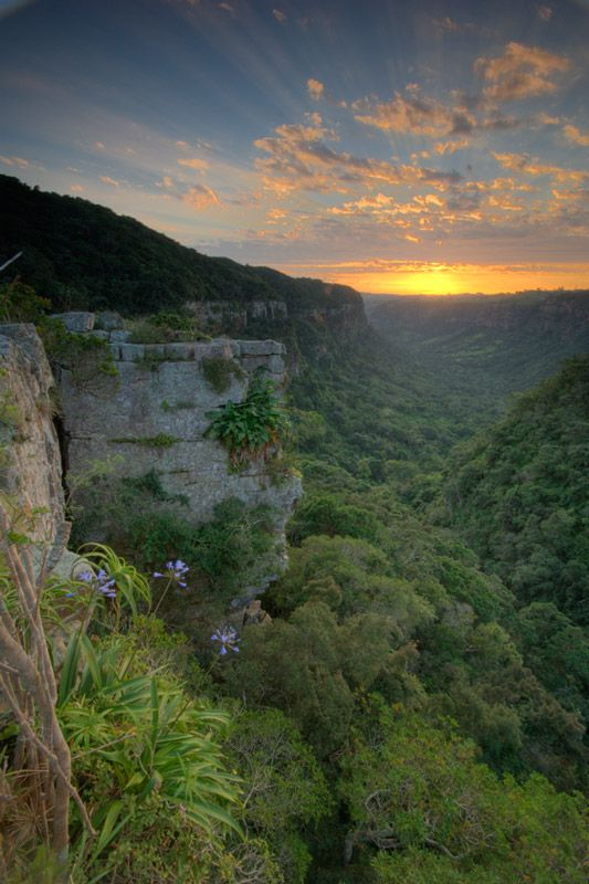 Kloof Gorge sunrise, photo by Andrew McKay